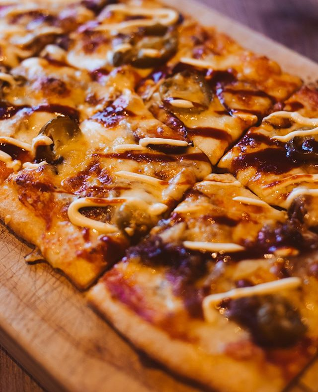 Monday and we're having pizza!